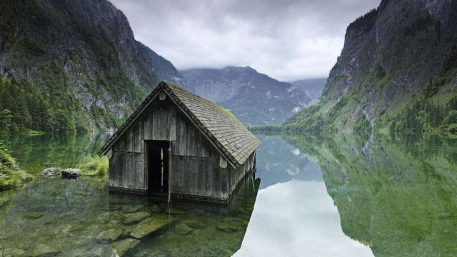 02 - Cabana de pesca em um lago na Alemanha