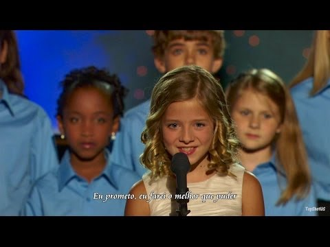 Criança de 11 anos impressiona o mundo com sua voz
