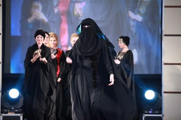 Série Mulheres Árabes | # 7 Dana Al Taji