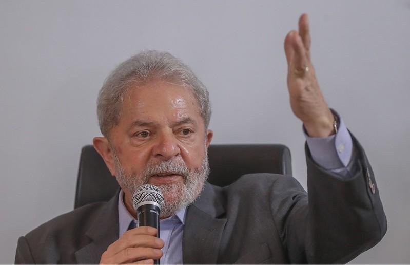 LULA FALA COM IMPRENSA SOBRE DECISÃO DE FACHIN E CRITICA DURAMENTE BOLSONARO