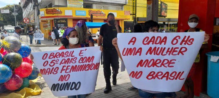 FRENTE PARLAMENTAR DISCUTE PROPOSTAS EM DEFESA DAS MULHERES