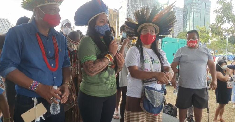 POVOS INDÍGENAS REALIZAM MARCHA ATÉ O STF E PEDEM PROTEÇÃO CONTRA GARIMPEIROS