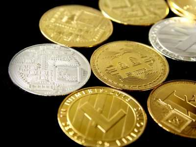 Digital Currency and Government issued Currencies