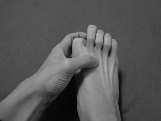 自己触診:長趾伸筋