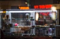 Schaufenster in Berlin bei Nacht