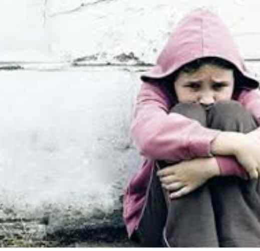 חדשות רחובות - אילוסטרציה : ילדה במצוקה - רחובות ניוז