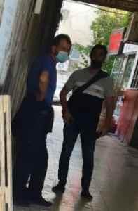 חדשות רחובות - בלשי המשטרה ברגע מעצר החשוד מחץ לדואר - רחובות ניוז