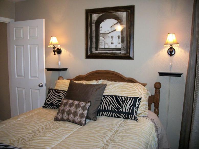 2nd Bedroom with Queen mattress