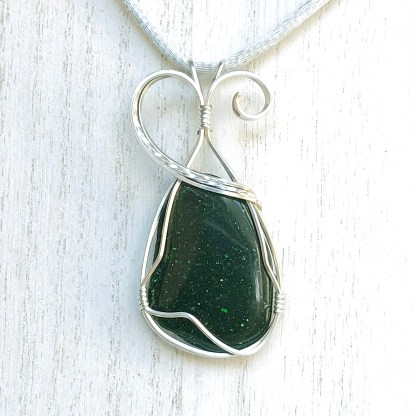reiki charged green goldstone