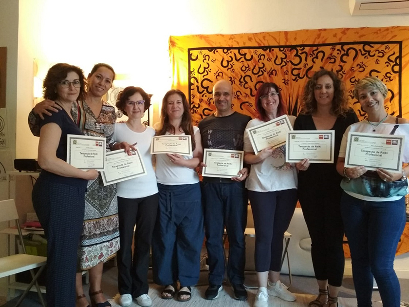 cursos reiki madrid, reikiterapias, curso terapeuta reiki promoción 3