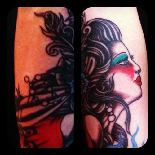 ShowGirl,progress,タトゥー,ショウガール,羽根のヘッドドレス,tattoo