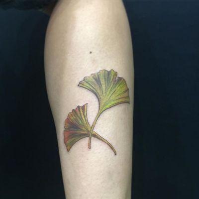 #いちょうの葉 #ginkgo ...#tattoo #reikotattoo #studiokeen #japan #nagoyatattoo #tokyotattoo #irezumi #タトゥー #刺青 #名古屋 #大須 #矢場町 #東京 #静岡 #hocuspocustattoo #shizuokatattoo