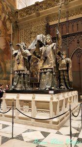 Tumba de Cristobal Colón en Sevilla