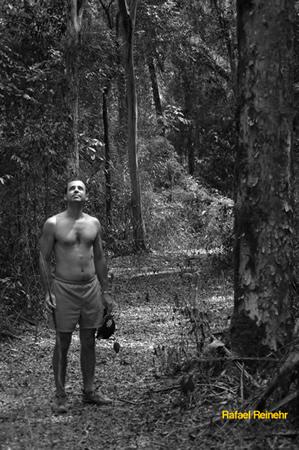 Homem na Floresta