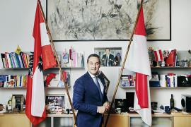 HC Strache, Austria right wing politian