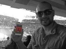 """Juni 2013: Unser Hörer """"Falsche Neun"""" in Stuttgart in der Mercedes-Benz Arena. Wie cool ist bitte dies Foto? Großartig!!!"""