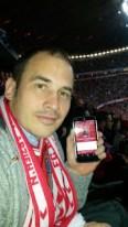 """April 2015: Unser Hörer """"Sand3r"""" beim Champions League Spiel des FC Bayern München gegen Porto! Was für ein geiles Spiel... und dann noch an """"Reingemacht"""" gedacht. Weltklasse!"""