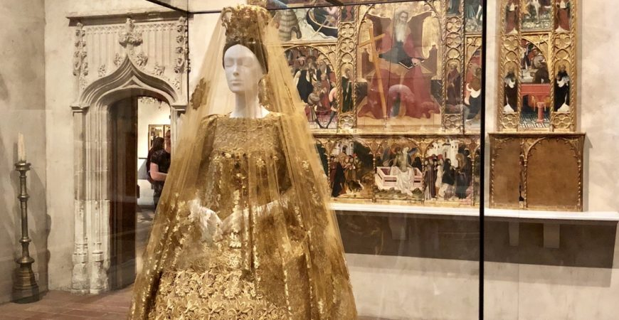 Heavenly Bodies – Fashion & The Catholic Imagination