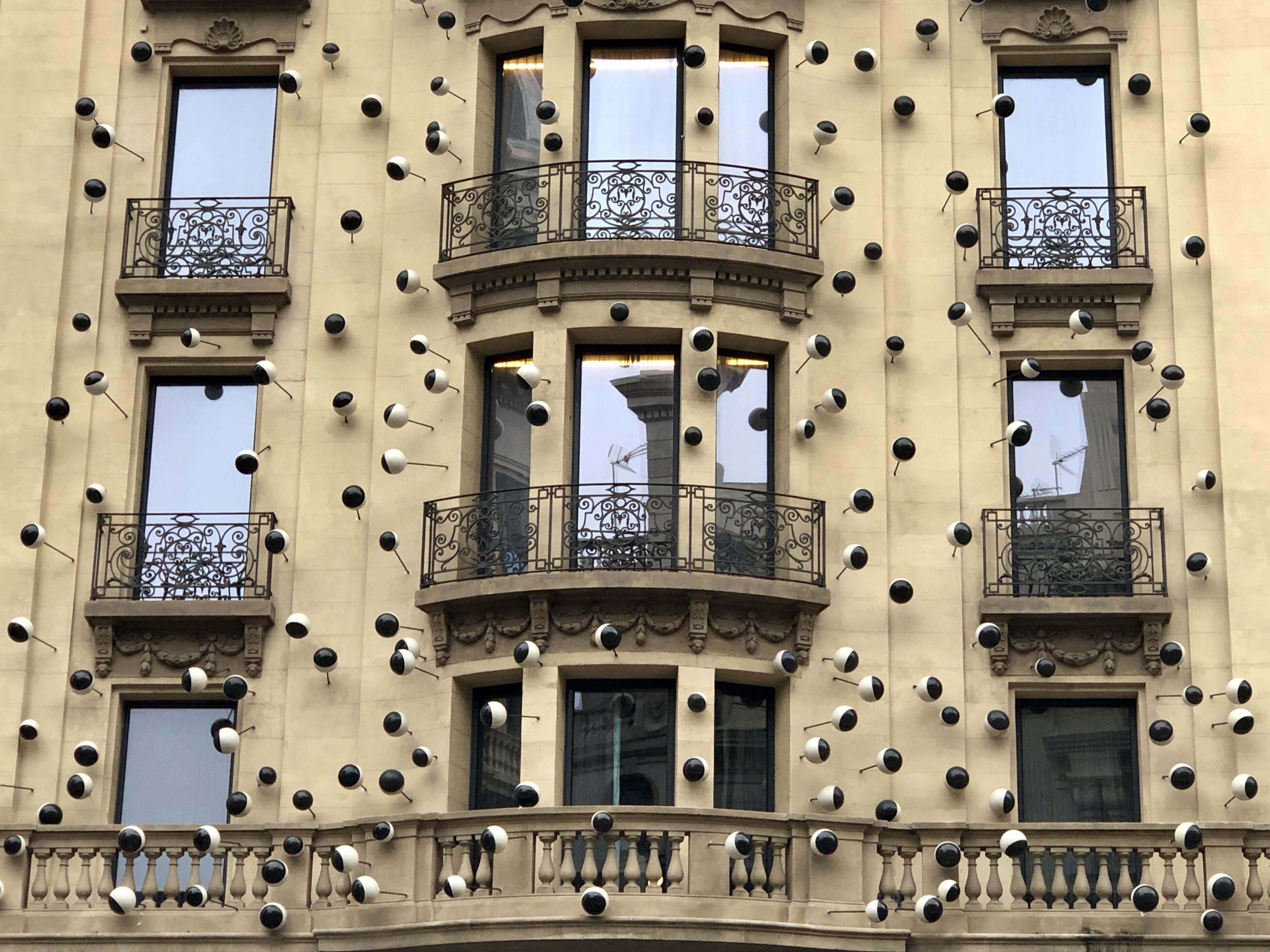 Frederic Amat: Muralist Extraordinaire in Barcelona