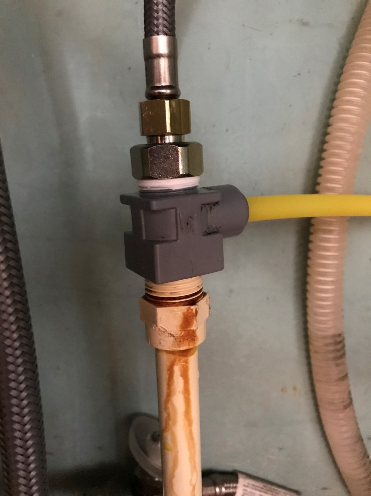 Faucet Supply Hose and Water Filter Supply