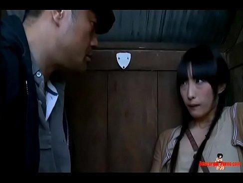 田舎の黒髪美少女が公衆便所で鬼畜男に襲われおまんこを蹂躙されるれイプ 動画 38.5度無料