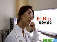エロ過ぎる女医が患者を逆れイプで無理矢理犯している動画像無料