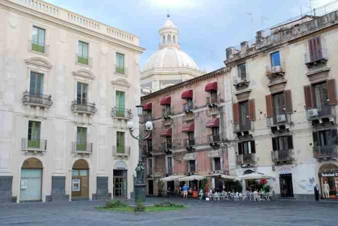 Piazza del' Universitá, Catania