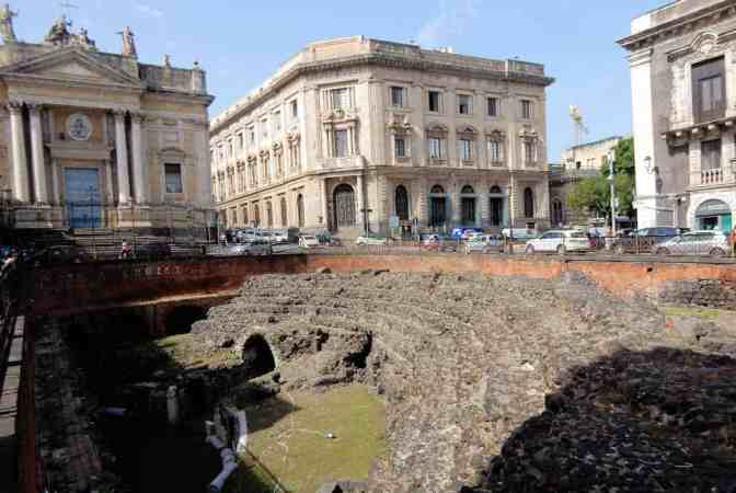 Piazza Stesicoro - Catania Romeins amfitheater