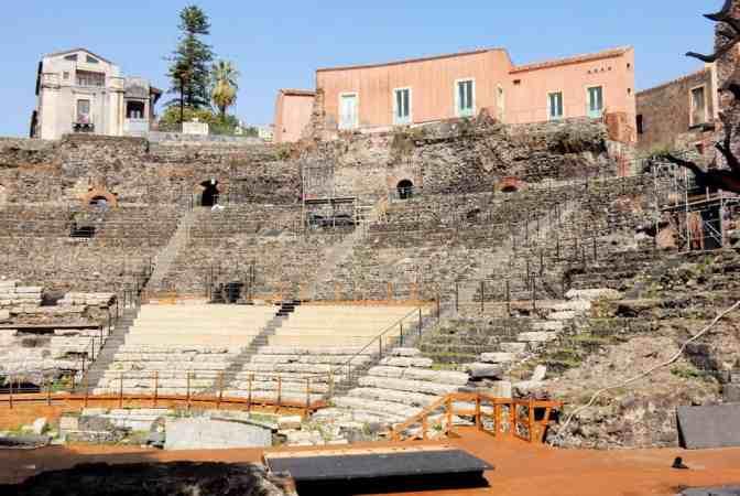 Romeinse theater van Catania, Teatro romano di Catania