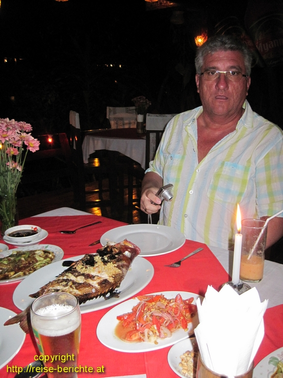 golden sea restaurant ngapali beach