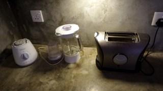 Toaster und Mixer