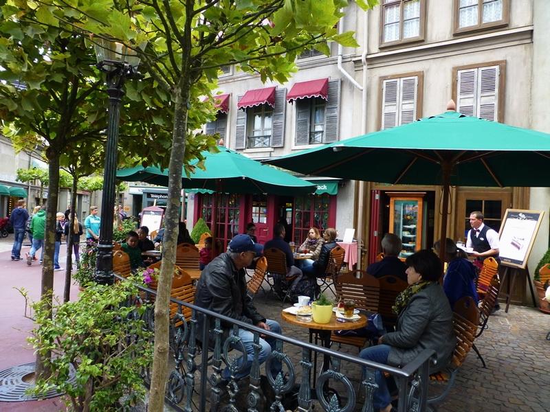 Europa-Park - Café in Frankreich