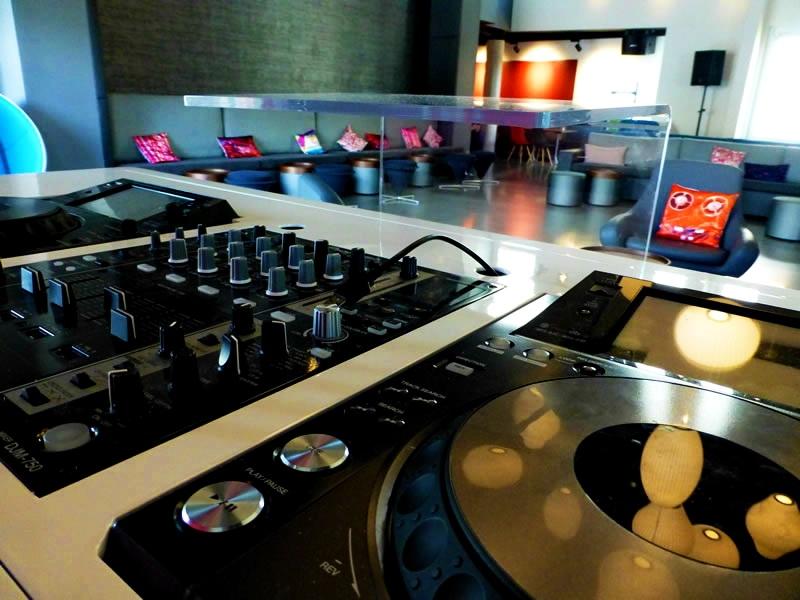 Aloft Stuttgart - DJ