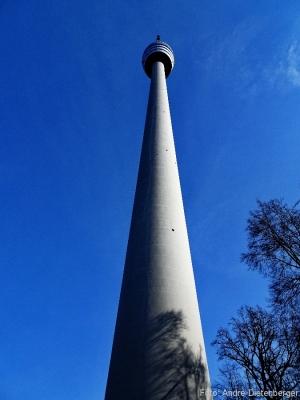 Fernsehturm - Betonnadel