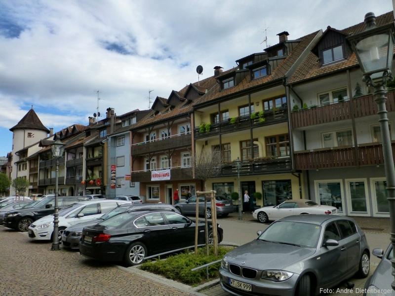 Wallstraße mit Hexenturm