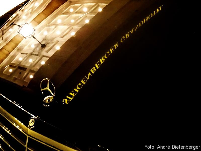 Grandhotel Petersberg - Mercedes mit Spiegelung