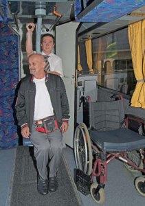 bus-barrierefrei-lift-3