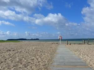 Holzweg am Strand