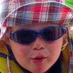 Frederik mit Sonnenbrille