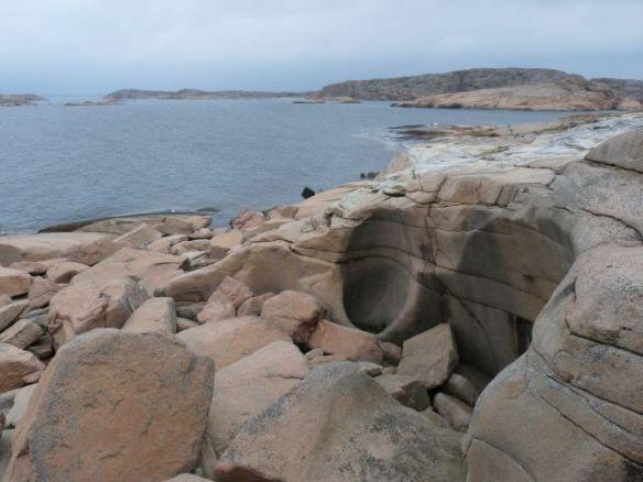 Eiszeitliche Strudellöcher im Fels