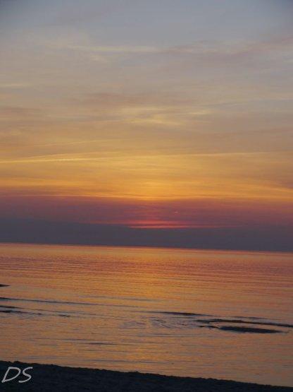 Sonnenuntergangsfeuer im Westen