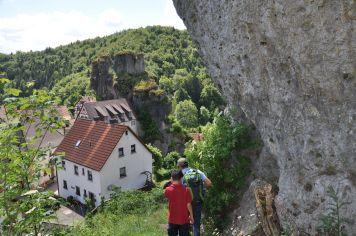 Wandern_Felsen_FränkischeSchweiz2