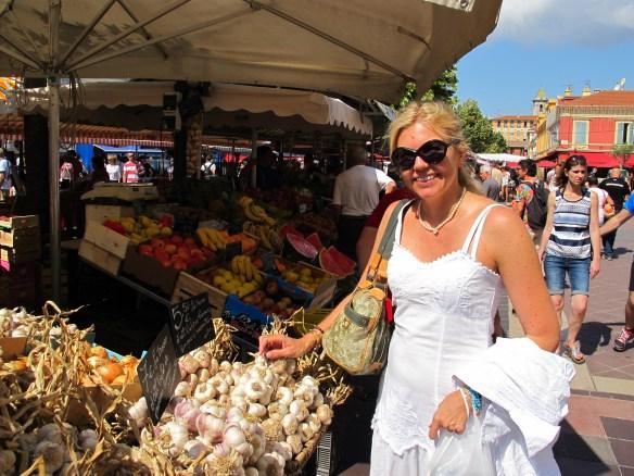 Reisefeder, travelblog, Reise, travel, Frankreich, Nizza, France, Côte d'Azur, Südfrankreich, Flohmarkt, Markt