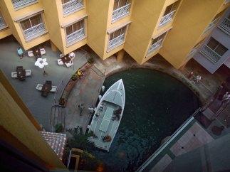 Aruba-ABC-Inseln-ABC-A-32-Hotellobby_Shuttleboot_1k4