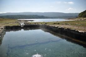 Noch immer sprudeln bei Aquis Querquennis die heißen Quellen und versorgen die alten Anlagen der Römer mit Thermalwasser