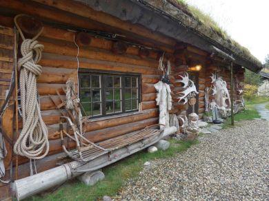 20 Engholm Husky-Lodge Norwegen Finnmark Benstem Reisefeder
