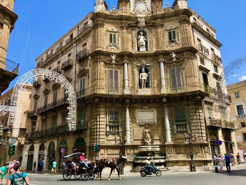 Palermo Quattri Canti Piazza Vigliano