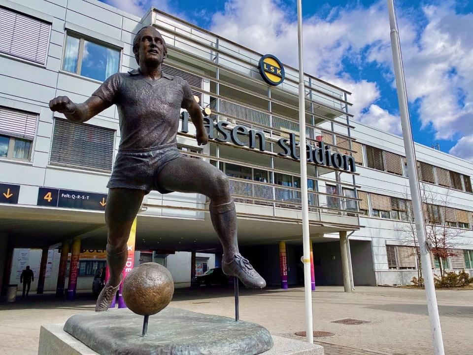 Statue av Tom Lund