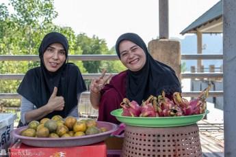 Lokale selgere i Laem Sak Krabi