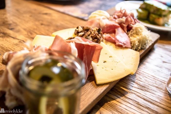Lokale oster og skinker fra Slovenia